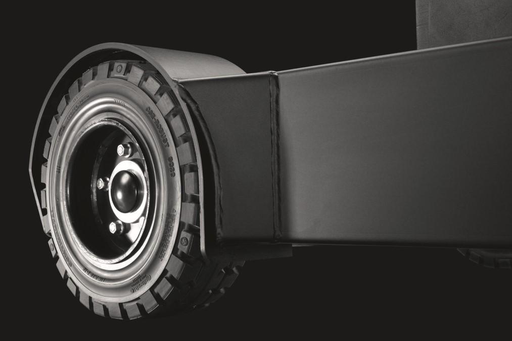 bt-reflex-o-series-rre160-tyre_LO